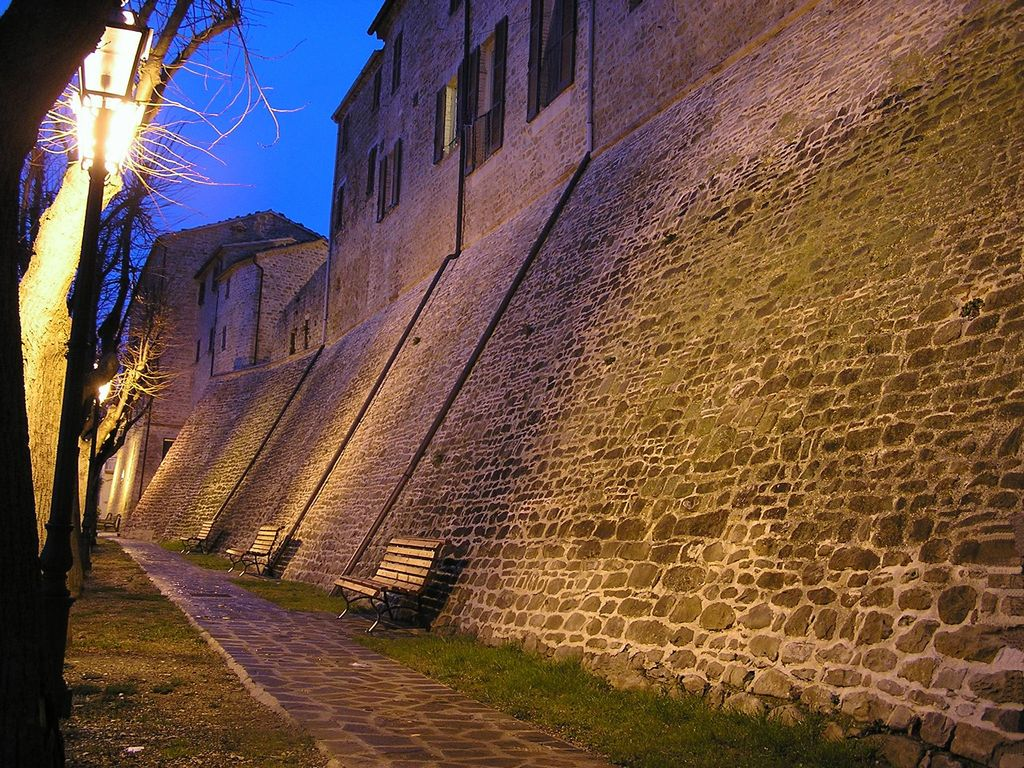 Mura difensive di Staffolo