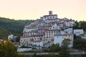 Arcevia Borgo delle Marche immersa nel verde