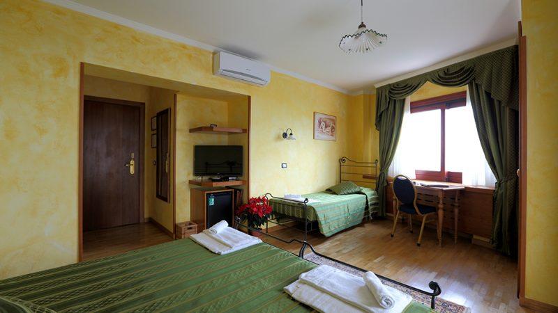 Internazionale Hotel Portonovo