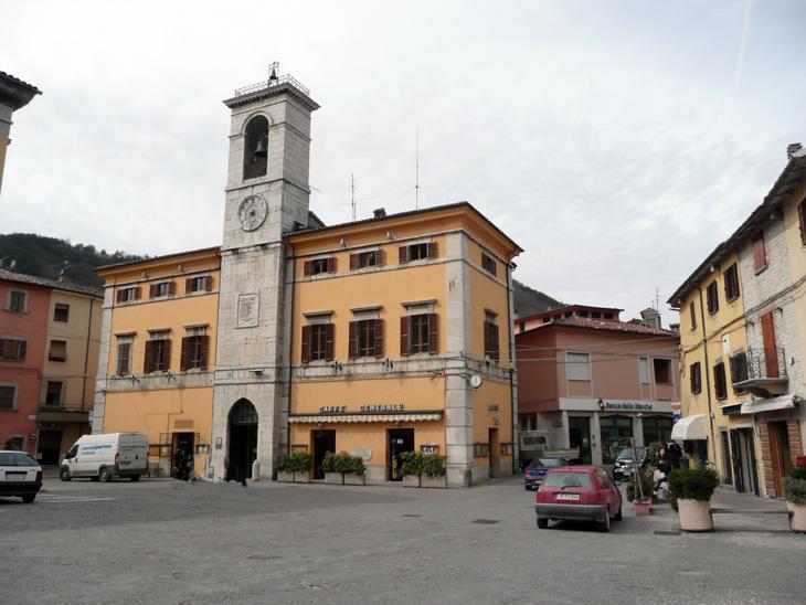 centro- storico-cantiano