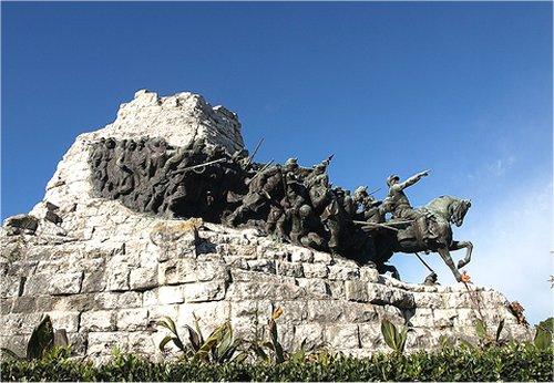 monumento-castelfidardo2