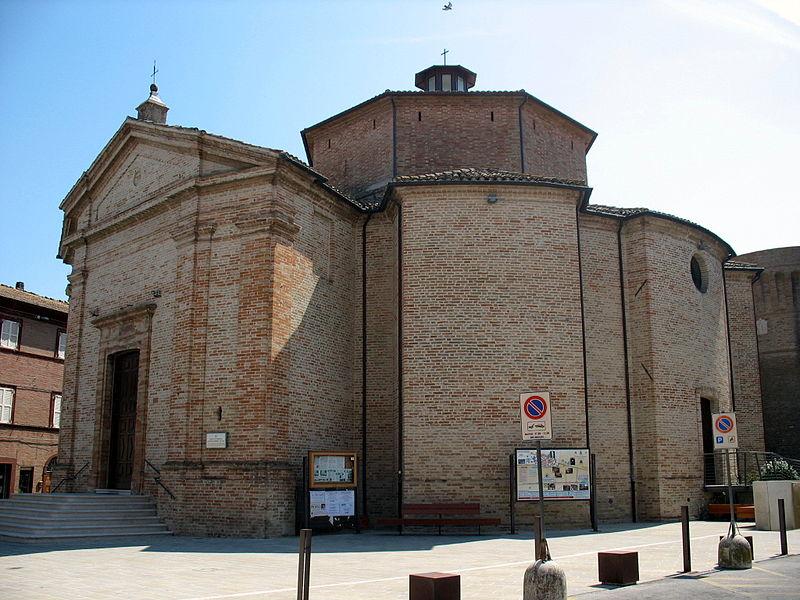 800px-Collegiata_di_San_Lorenzo,_Urbisaglia