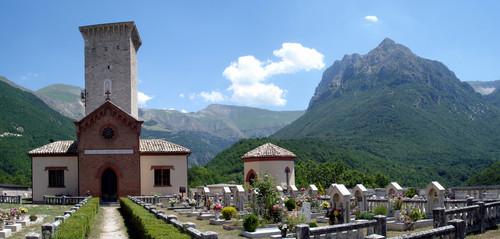 ussita-cimitero