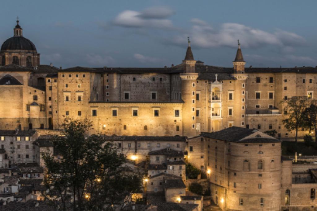 Le 2 città d'arte assolutamente da visitare nelle Marche