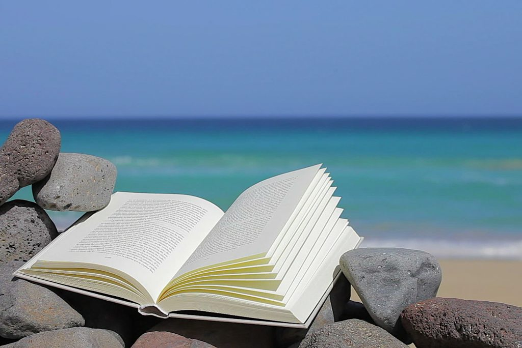 10 libri che dovreste leggere quest'estate