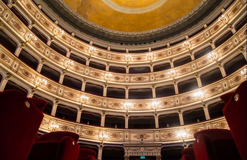 Official sponsor of Teatro dell'Aquila in Fermo
