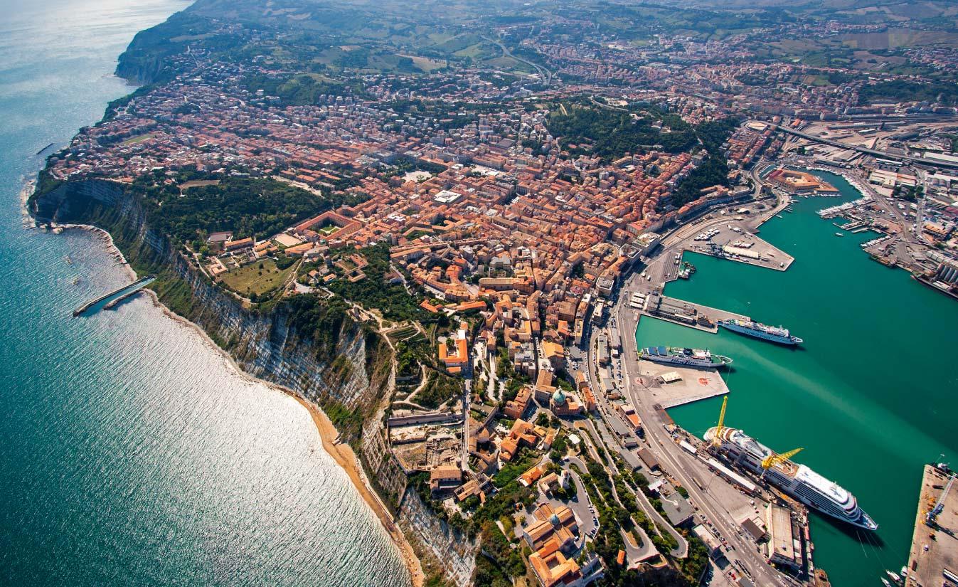 Warum heißt Ancona so?
