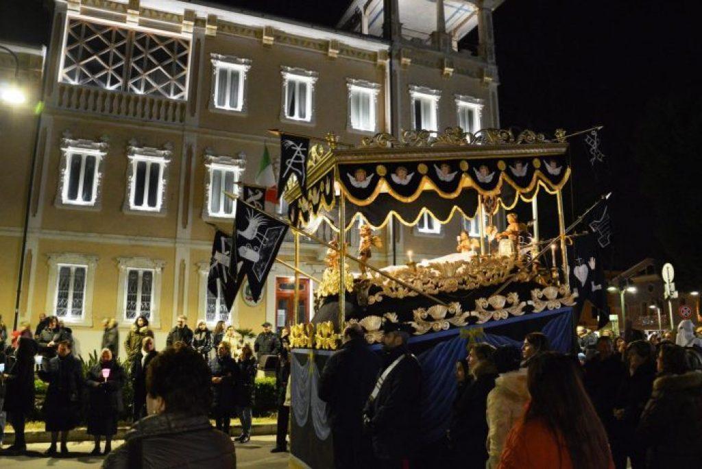 """Cos'è la """"Bara de notte"""" di Porto Recanati?"""