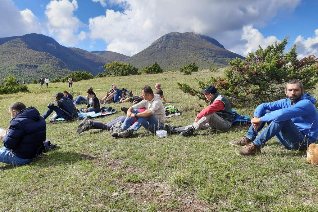 Tra querce secolari e i colori del foliage, da Pian dell'Elmo fino a Elcito: una spettacolare escursione nella Riserva Naturale del Monte San Vicino