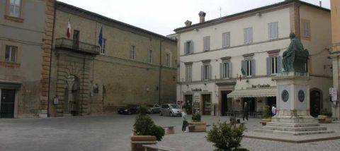 Camerino - Piazza Cavour