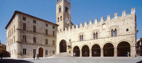 Palazzo-dei-Priori-Montecassiano
