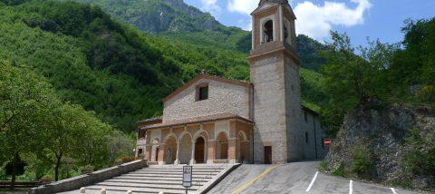 Santuario-della-Madonna-dellAmbro-di-Montefortino